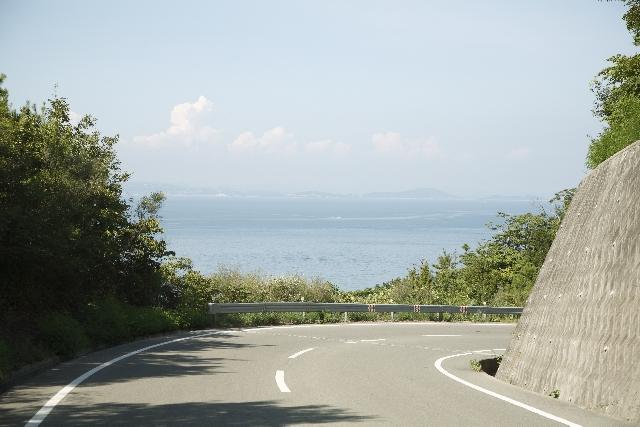 初心者のためのロードバイクの乗り方。坂道の登り方・下り方
