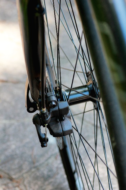 自転車のブレーキシューから音が出るのはなぜ!?