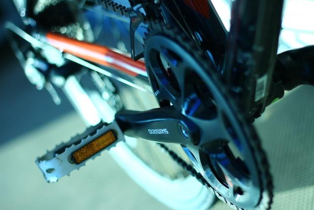 自転車のペダルが空回りする!どうやって修理するの?