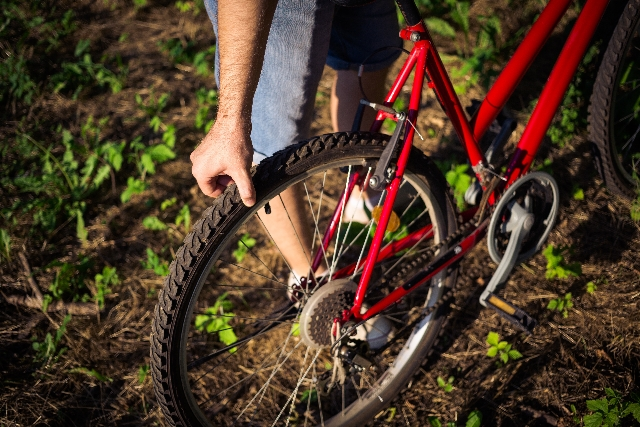 自転車のタイヤに空気をついつい入れすぎちゃう!ダメなの?