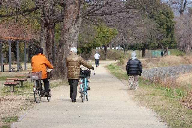 自転車と徒歩のスピードの差。ダイエットに向いているのは?