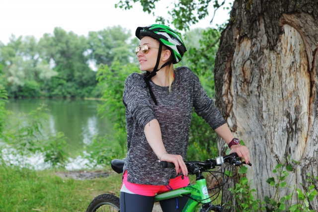 クロスバイクにヘルメットは必要?ヘルメットを付ける意味