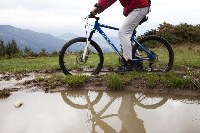 自転車、MTBの魅力!ハンドルがとられる路面での走り方は?