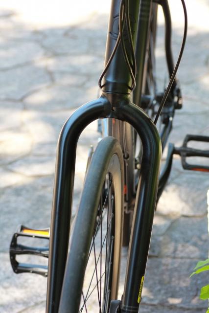 スポーツ自転車のフロントフォーク交換!外し方と付け方は?