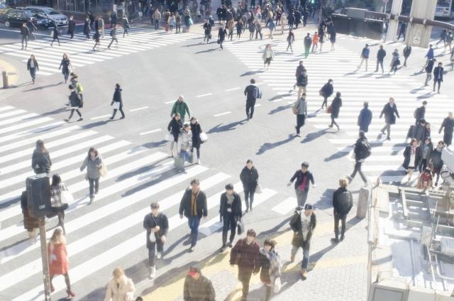 スクランブル交差点を自転車で通行する時の、交通ルール