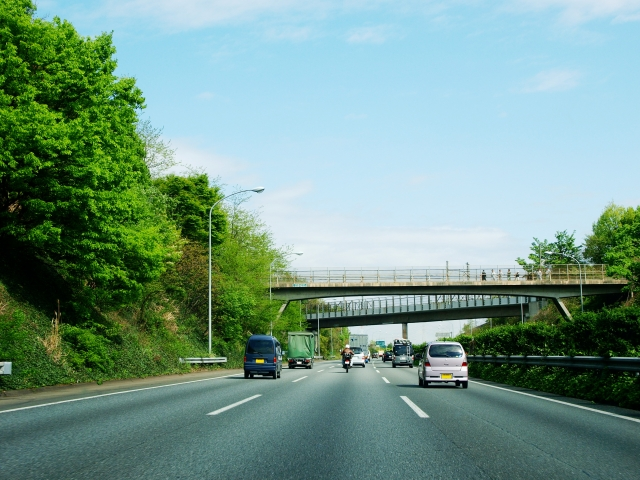 高速道路へ侵入する自転車と道路を逆走してしまう理由とは?