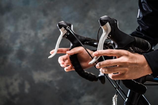 スポーツ自転車のハンドルをドロップ化するメリットは?