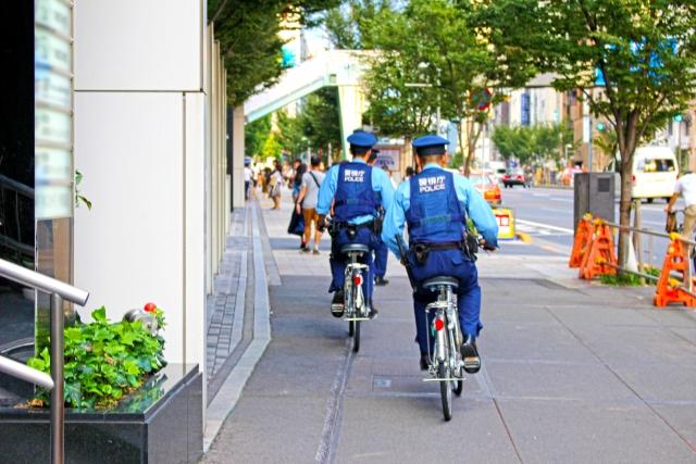 自転車での走行中、警察からの職務質問を避けるには?