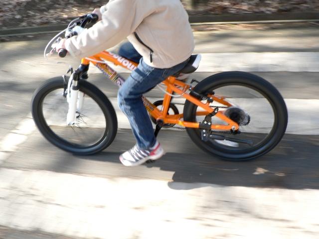 自転車にスピードメーターを!子供の自転車も本格的になる?