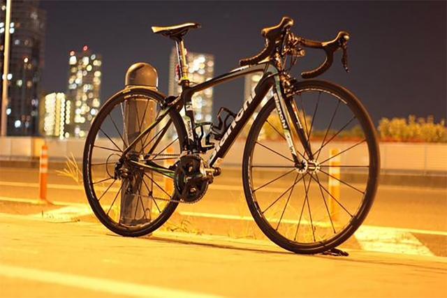 ロードバイクのホイールバランス調整~ウエイト付けの意味?