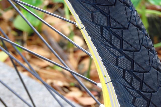 ロードバイクのタイヤは耐久性を重視するとコスパが高くなる