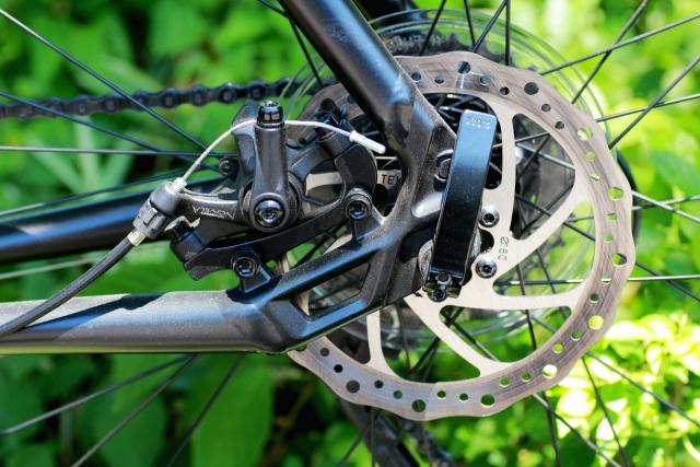 ビアンキのクロスバイクにディスクブレーキが必要なのか?