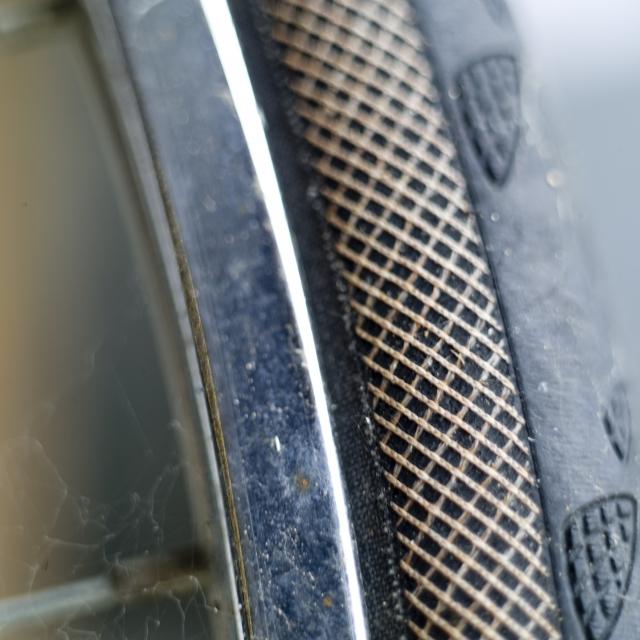 中国製のタイヤがバーストしやすいとは限らない!原因って?