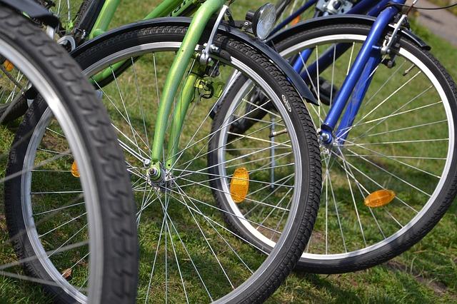 自転車のブレーキはリム形状の「wo」や「HE」で何が変わる?