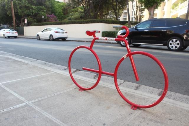 trekはロードバイクのボディカラーに赤を多く使用している!
