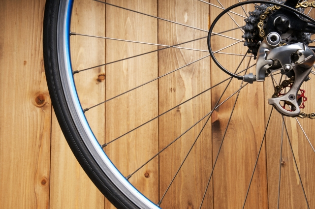 トレックのクロスバイクを参考にタイヤの重要性を考える