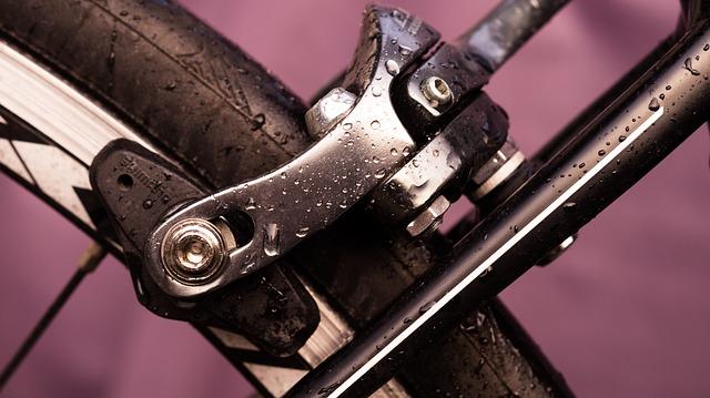 自転車のブレーキ別に違う!ブレーキパッドの種類と交換方法