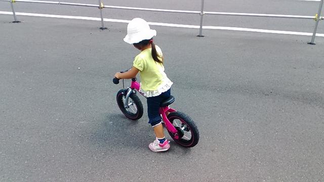 ストライダーとへんしんバイクの比較!2歳児にはどちら?