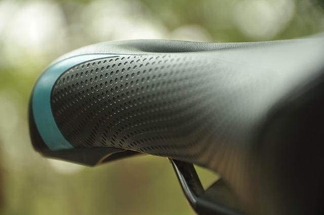 痛い原因はクロスバイクのサドル?柔らかいのが良いのか?
