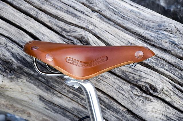 ブルックスの革サドルは調整をしっかりすれば長期間使用可能