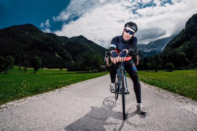 モンベルの「ストライダーパンツ」が自転車に最適なわけ