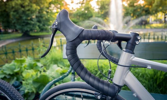 ロードバイクのシフターは角度を調整して姿勢を変える!