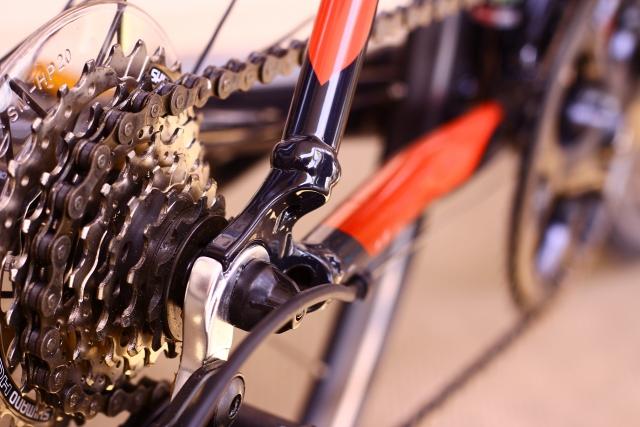 シマノ製のクランクでクロスバイクのグレードアップを図る