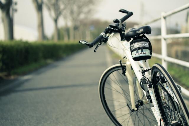 ロードバイクにサドルバッグを取り付ける!おすすめもご紹介